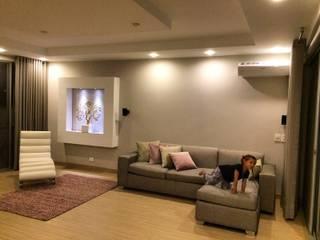 Sala Familiar segundo Piso: Salas multimedia de estilo  por ea interiorismo,