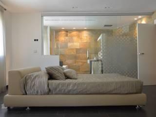 VERA:  de estilo  de Estudio de Arquitectura, Interiorismo, Decoración y Urbanismo. 968 73.00.53,
