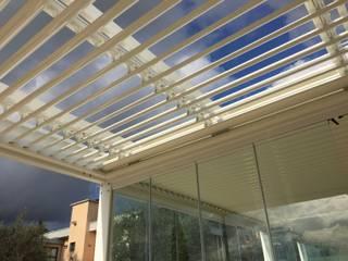 VIVERE IL FUORI Minimal style conservatory