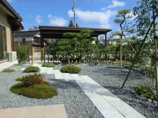 Japanese garden: 株式会社 砂土居造園/SUNADOI LANDSCAPEが手掛けた庭です。