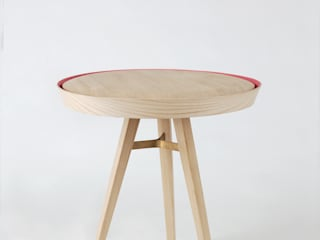 Yav table: modern  von Nui Studio,Modern