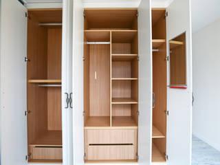 우리가족에게 전원주택이란, : 한글주택(주)의  드레스 룸