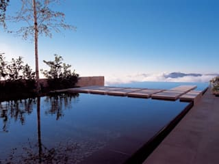 Persischer Garten im mittlerer Osten - Kaspisches Meer Moderne Pools von Ecologic City Garden - Paul Marie Creation Modern