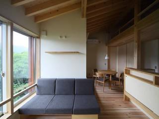Salon de style  par 芦田成人建築設計事務所, Éclectique