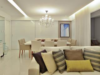 Dining room by Argollo & Martins | Arquitetos Associados, Minimalist