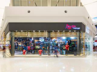 Tienda Mango Surf & Skate-City Mall Costa Rica Oficinas y tiendas de estilo moderno de J-M arquitectura Moderno