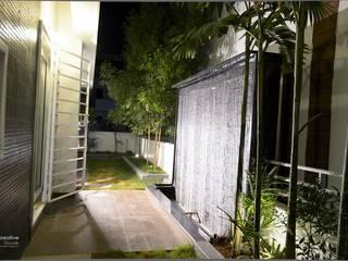 Terrazas de estilo  por KREATIVE HOUSE