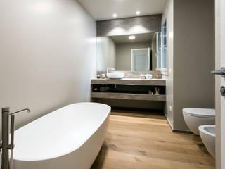 Projekty,  Łazienka zaprojektowane przez Tommaso Giunchi Architect