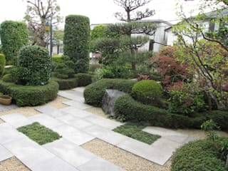 株式会社日本造園 Jardins modernos