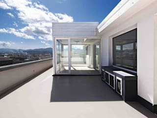 Casa M 現代房屋設計點子、靈感 & 圖片 根據 DORIArchitetti 現代風