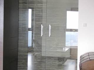 Glass doors. od Glass Decorator