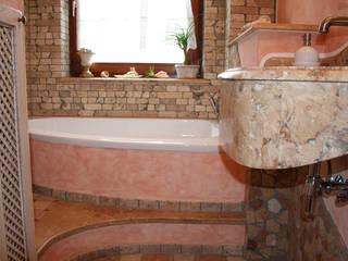 Villa Medici - Landhauskuechen aus Aschheim Kamar Mandi Gaya Mediteran Marmer Pink