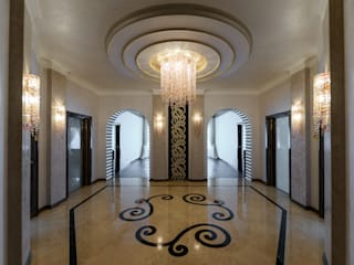 Corredores, halls e escadas ecléticos por HOME Couture Eclético