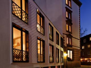 LIBERTINE LINDENBERG Moderne Häuser von FRANKEN\ARCHITEKTEN GMBH Modern