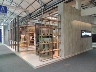 Industrial style commercial spaces by Pulse Arquitetura Industrial
