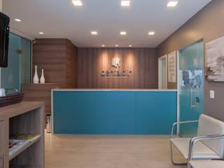 Modern clinics by Pulse Arquitetura Modern
