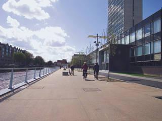 Espaces commerciaux modernes par Jordi Farrando arquitecte Moderne