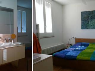 Casa a torre Camera da letto minimalista di Studio DeGli Architetti G. De Angelis - F. Glionna Minimalista