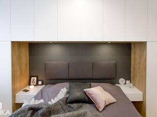 TIKA DESIGN Modern style bedroom
