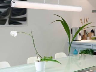 Espaço luz: Salas de jantar  por Espaço luz Lda.,Moderno