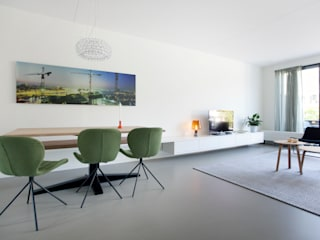 Modern Living Room by Interieur Design by Nicole & Fleur Modern