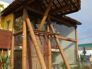 Escritorio: Casas  por Gustavo Rosa Arquitetura & Design