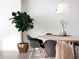 Interieur Design by Nicole & Fleur Modern dining room