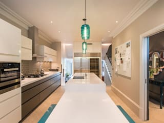 Family Kitchen Cocinas de estilo moderno de Elan Kitchens Moderno