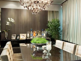 Dining room by SoHo arquitetura, Modern