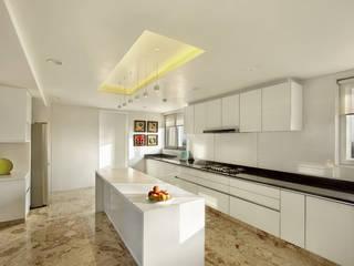 Nikhil patel residence Modern kitchen by Dipen Gada & Associates Modern