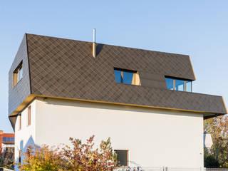 Rumah Gaya Eklektik Oleh Helwig Haus und Raum Planungs GmbH Eklektik