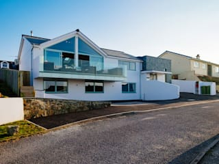 Tregoose, Polzeath Modern houses by The Bazeley Partnership Modern