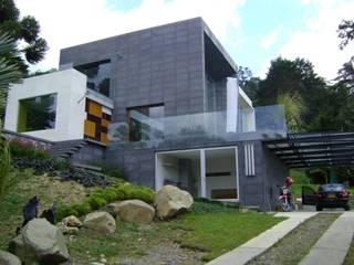 Modern houses by Arquitecta Vitcha M Modern