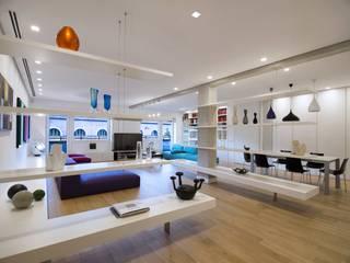 Trastevere House Soggiorno minimalista di Arabella Rocca Architettura e Design Minimalista