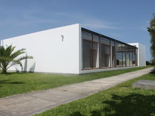 NIKOLAS BRICEÑO arquitecto 現代房屋設計點子、靈感 & 圖片