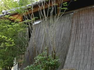 大阪府千早赤阪村の邸宅 アジア風 庭 の 杉田造園 株式会社 和風