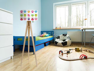 Lampa podłogowy Trójnóg Kolorowe Sówki: styl , w kategorii Pokój dziecięcy zaprojektowany przez imoLight