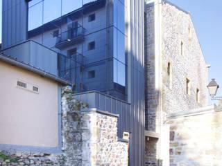PROYECTO habilitación INTERIOR TORREKUA para el Ayuntamiento de Errenteria. Espacio HABIAN.: Estudios y despachos de estilo  de Juan Álvarez INTERIORISTA