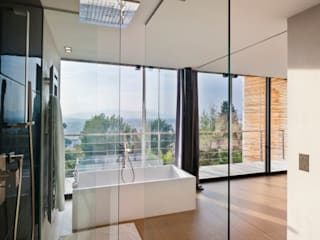 Modern Bathroom by didier becchetti architectes Modern
