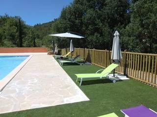 Tour de piscine et relaxation: Piscines  de style  par green zone