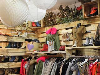 MARKET&Co. Pop Up Store Oficinas y tiendas de estilo mediterráneo de Fran Bordell Mediterráneo