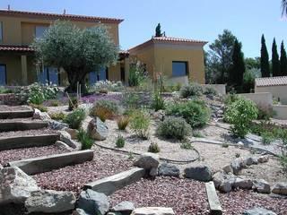 Jardins secs Jardin méditerranéen par REV Méditerranéen
