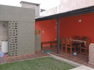 Casas unifamiliares: Jardines de estilo moderno por ggap.arquitectura