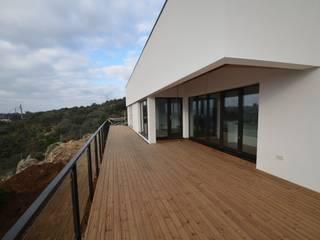 Patios by Habitar Natural 100x100madera, SL, Mediterranean Wood Wood effect