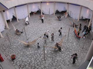 Pabellón de Venezuela: Salas de conferencias de estilo  por BaudoinArquitectos