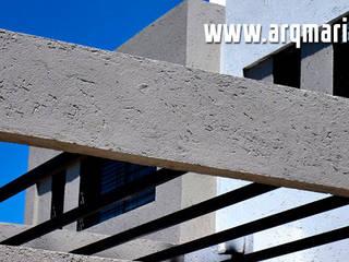 Proyectos:  de estilo  por Arq. Mariano Saravia