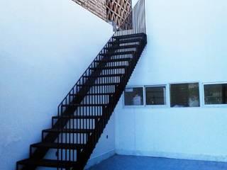 Casa Patios - Santiago del Estero (2014) Pasillos, vestíbulos y escaleras coloniales de estudio 1/4 Colonial