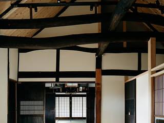 sya 古民家 現地再生 クラシカルスタイルの 玄関&廊下&階段 の 西本建築事務所 一級建築士事務所 クラシック