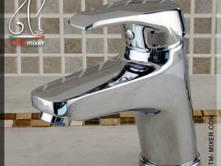 Realizzazioni TM MIXER di Tollin Massimo Modern style bathrooms