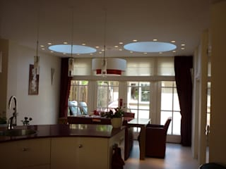 Woonkamer Interieurarchitect Selma van der Velden-Artun Moderne woonkamers